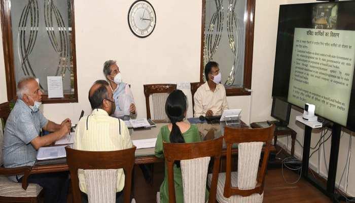 DM CM चिरंजीवी स्वास्थ्य बीमा योजना का सर्वोच्च प्राथमिकता के साथ क्रियान्वयन कराएं: CS