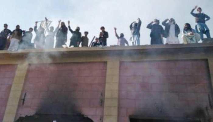 पाकिस्तान: कट्टरपंथियों द्वारा तोड़े गए मंदिर का होगा पुनर्निर्माण, सरकार ने जारी किए इतने करोड़