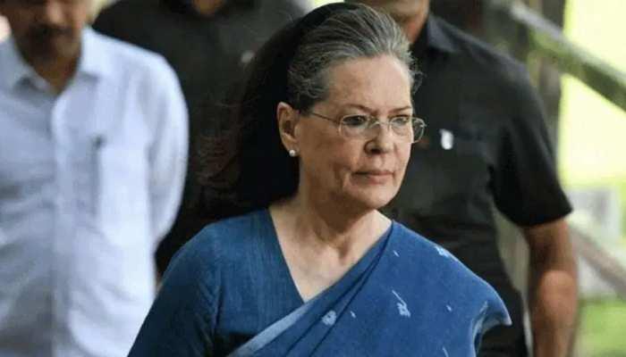 Coronavirus संकट की स्थिति पर सरकार को घेरने की तैयारी, कांग्रेस शासित राज्यों के सीएम के साथ Sonia Gandhi की बैठक