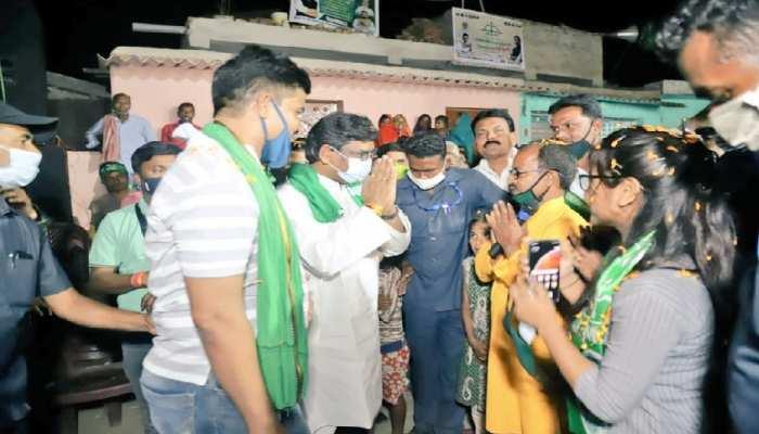 Madhupur Bypoll 2021: CM हेमंत का BJP पर हमला, कहा-पूंजीपतियों की बदौलत लूटने की तैयारी