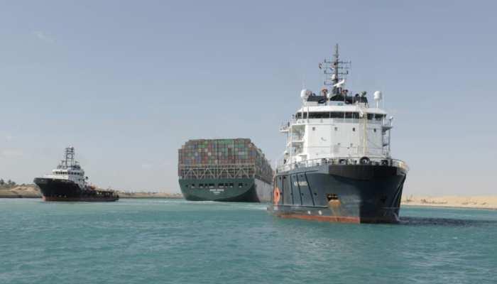 'Ever Given' को छोड़ने के लिए Egypt ने मांगा मुआवजा, एक हफ्ते तक Suez Canal में फंसा रहा था विशालकाय जहाज