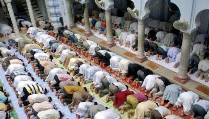 धार्मिक स्थलों में नहीं जा सकेंगे 5 से ज्यादा लोग, मेरठ काजी ने कहा, नमाज-ए-तरावीह हमारे लिए जरूरी