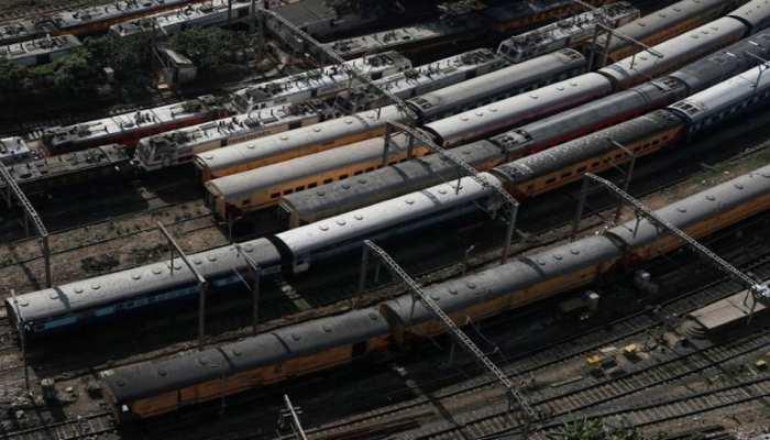 Indian Railway: यूपी-बिहार के लिए शुरू की गई हैं ये समर स्पेशल ट्रेन, जानिए रूट और शेड्यूल