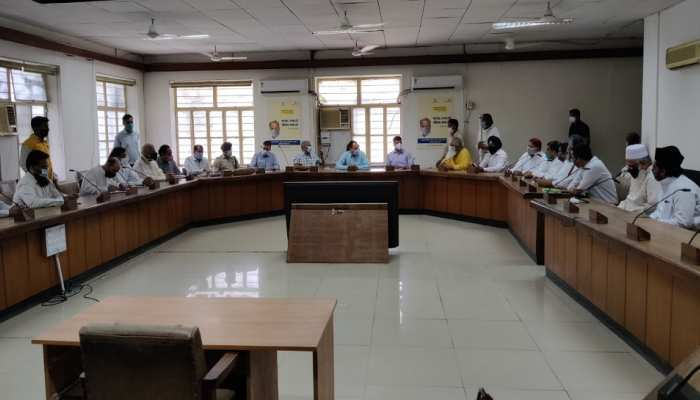 Jaipur News : जिला प्रशासन के साथ धर्मगुरुओं की बैठक में नहीं बनी सहमति