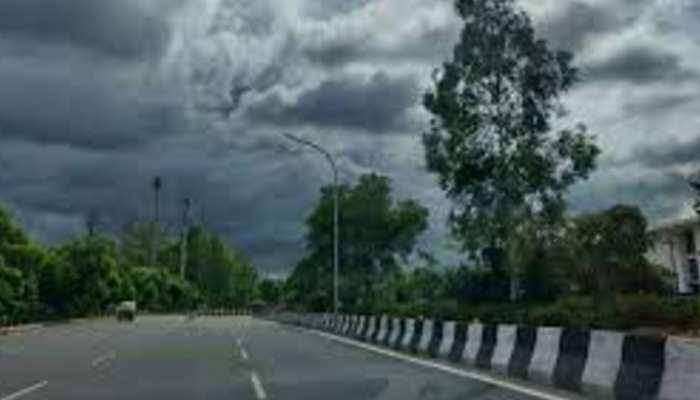 MP Weather News: प्रदेश के इन इलाकों में झमाझम बारिश का अनुमान, यहां चलेंगी तेज हवाएं