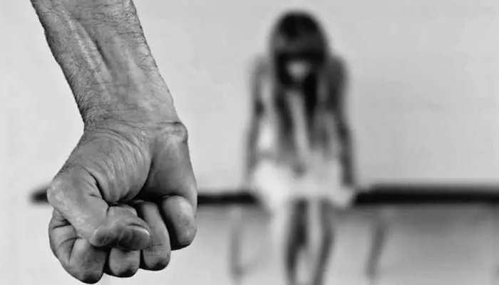 US: बंदूक की नोक पर जबरन Drugs देकर नाबालिग से 5 दिन तक Rape, Police ने किया गिरफ्तार