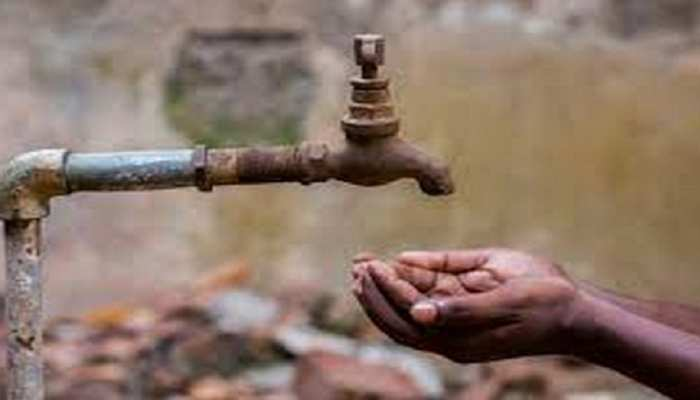 गर्मी आते ही पानी की समस्या शुरू, सरकार की योजनाएं हुई फेल!