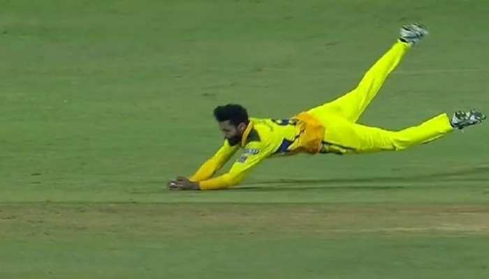 CSK vs PBKS: मैदान पर सुपर मैन बने रवींद्र जडेजा, लपका डाइव लगाकर शानदार कैच