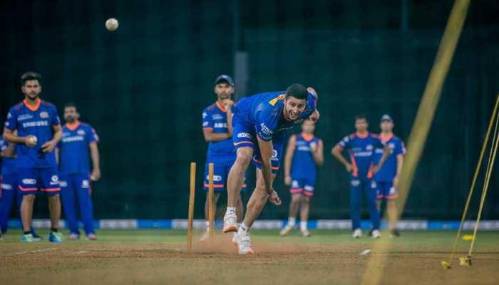 IPL Auction 2021 में जब Zahir Khan ने नाम पुकारा, तो इस क्रिकेटर की आंखों में आ गए आंसू