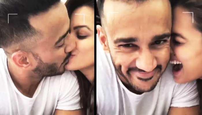 दुनिया के सामने रोमांटिक हुए Anita Hassanandani के पति, लिपलॉक करते हुए फोटो की शेयर