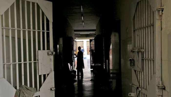 Jhunjhunu में गार्ड को नहीं लगी भनक, 6 मिनट में फरार हुआ बंदी