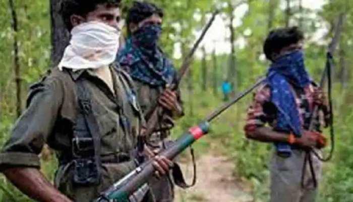 Chatra: पुलिस ने किया नक्सलियों का पर्दाफाश, 4 केन बम किए बरामद