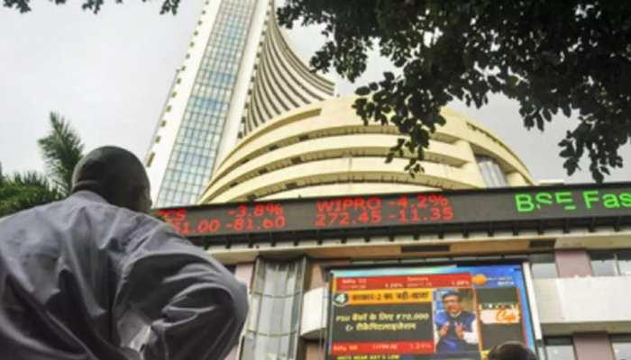 Share Market Live: Corona की चपेट में शेयर बाजार, Sensex 1300 अंक टूटा, निफ्टी 14300 के नीचे