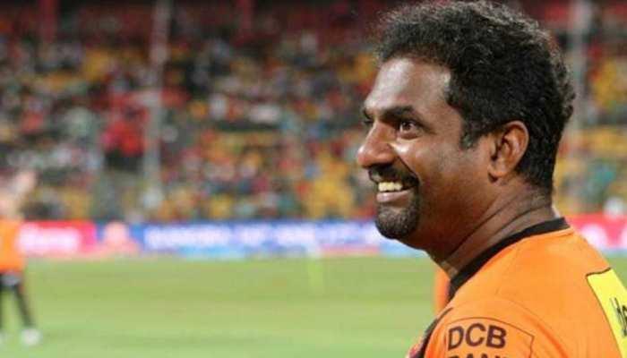 IPL 2021: SRH के बॉलिंग कोच Muttiah Muralitharan की अस्पताल से छुट्टी, जानिए कितने दिनों बाद टीम से जुड़ेंगे