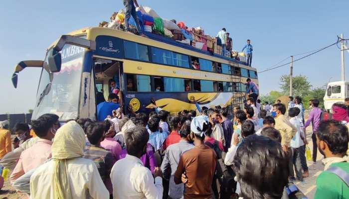 Lockdown in Delhi: प्रवासी मजदूर फिर हुए पलायन को मजबूर, Kejriwal ने हाथ जोड़कर की थी ना जाने की अपील