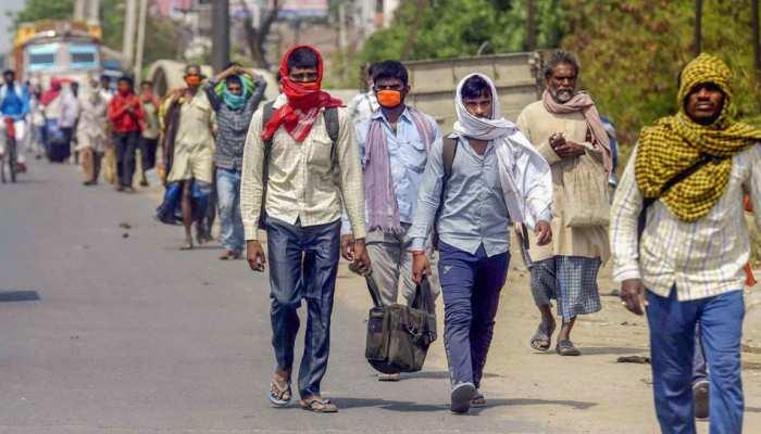 Delhi: मजदूरों को 5 हजार रुपये देगी Arvind Kejriwal सरकार, Lockdown में नहीं होगी परेशानी