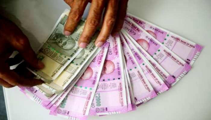 इस राज्य के CM और मंत्री Covid फंड में देंगे 1 महीने की सैलरी, कर्मचारियों का भी कटेगा वेतन