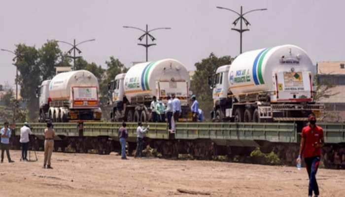 Indian Railway: कोरोना महासंकट के बीच रेलवे ने लखनऊ भेजी ऑक्सीजन एक्सप्रेस