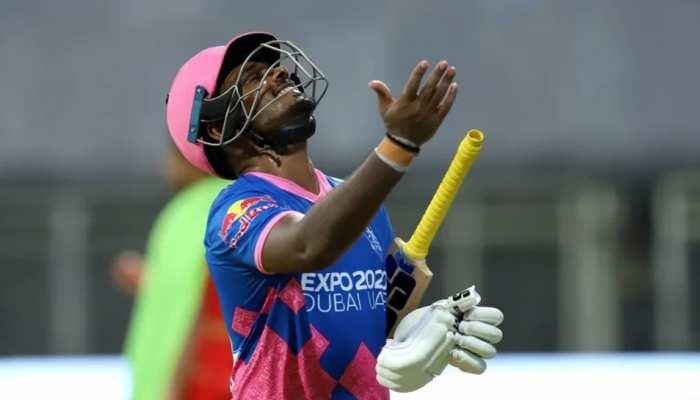 IPL 2021: Sanju Samson के फ्लॉप होने पर भड़के Sunil Gavaskar, कहा- 'इसी लिए नहीं मिलती टीम इंडिया में जगह'