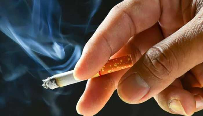 क्या धूम्रपान करने वालों और वेजीटेरियन्स को कम है कोरोना का खतरा? CSIR के सर्वे में हुआ खुलासा