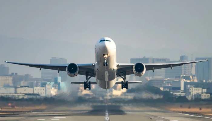 अभी सस्ते में कर सकेंगे घरेलू हवाई सफर, सरकार ने किरायों पर कैपिंग 31 मई तक बढ़ाई