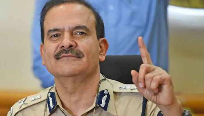 Mumbai: करप्शन केस में फंसे पूर्व कमिश्नर Param Bir Singh, एक इंस्पेक्टर ने दर्ज कराई FIR, रिश्वत मांगने का आरोप