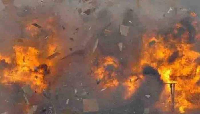 दिल्ली में सिलेंडर फटने से एक ही परिवार के 6 सदस्यों की मौत, मरने वालों में 4 नाबालिग
