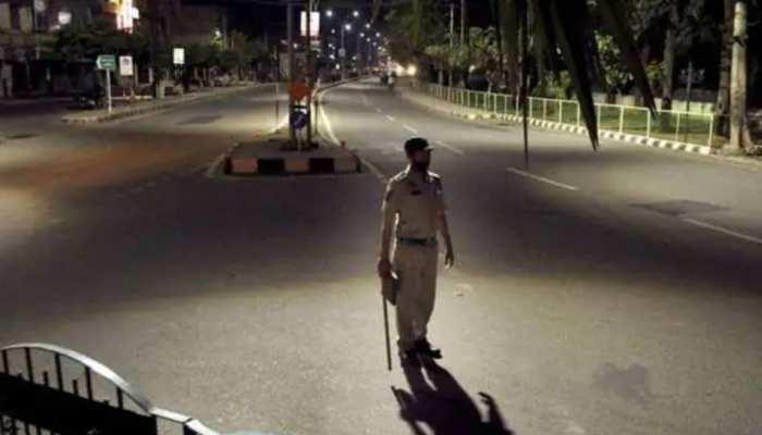 Yogi सरकार का बड़ा फैसला, UP में शुक्रवार रात से मंगलवार सुबह तक रहेगा Lockdown