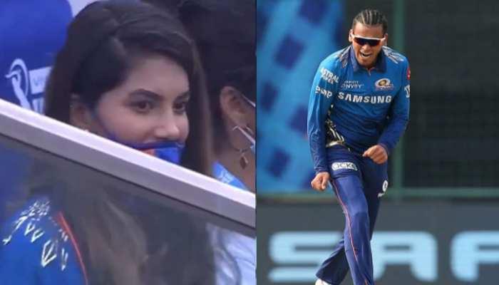 IPL 2021: स्टैंड में कौन थी वो लड़की जिसके सामने Rahul Chahar को छक्का खाना नहीं आया पसंद?