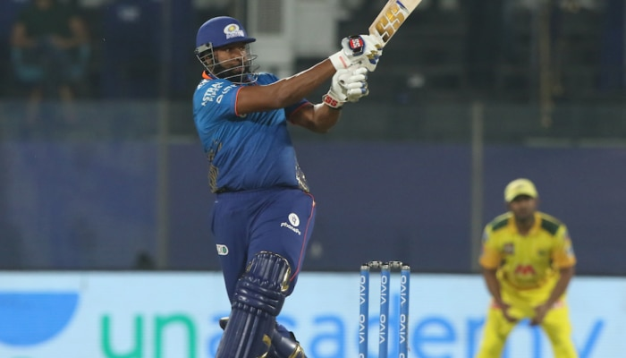 IPL 2021: कीरोन पोलार्ड के तूफान में उड़ी CSK, MI ने 4 विकेट से जीता मैच