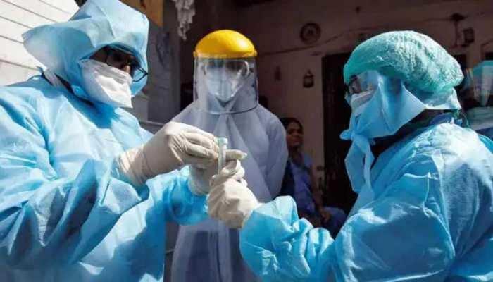 धीरे-धीरे कम हो रहे कोरोना के मामले, 24 घंटों में आए इतने मरीज, 3417 लोगों की हुई मौत