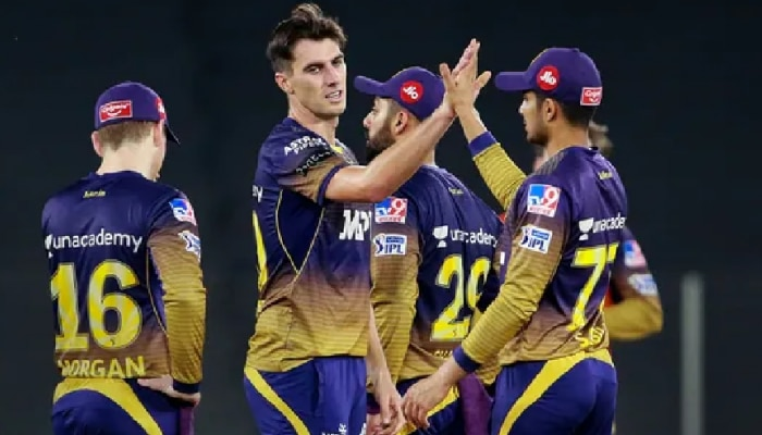IPL पर कोरोना का साया, KKR के दो खिलाड़ी कोरोना पॉजिटिव RCB के खिलाफ मैच स्थगित