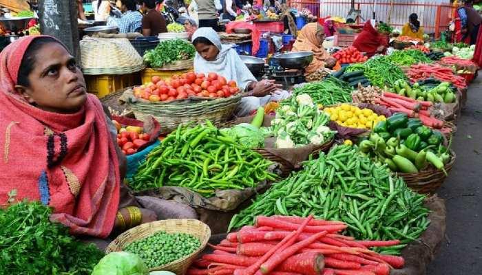 सब्जी के सीजन में किसानों को भारी नुकसान, 2 रुपए किलो बिका टमाटर