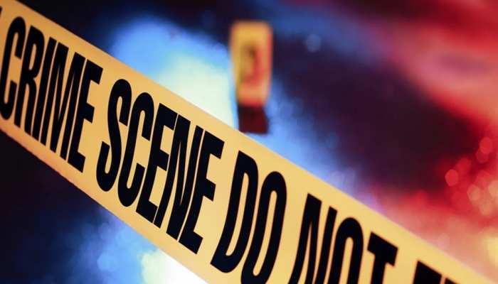 Alwar News: नग्न अवस्था में सड़क पर मिली युवक की लाश, शरीर पर चोट के निशान