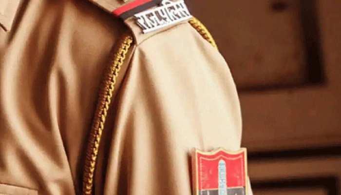 Bhilwara: कोरोना के बढ़ते संक्रमण के बीच प्रशासन ने किया फ्लैग मार्च, सख्ती को लेकर किया अलर्ट