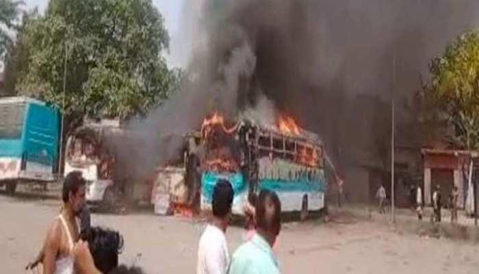 मुजफ्फरपुर बस स्टैंड में खड़ी 3 बसों में लगी आग, 50 लाख के करीब नुकसान का अंदाज़ा