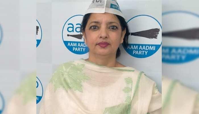 रसातल पर पहुंच चुकी कांग्रेस, देश को चाहिए सशक्त और बेहतर राजनैतिक विकल्प: रजिया बेग