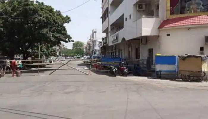 बेतिया: Lockdown को सफल बनाने के लिए सड़क पर उतरे DM-SP, बोले- लोग घरों में रहकर साथ दें