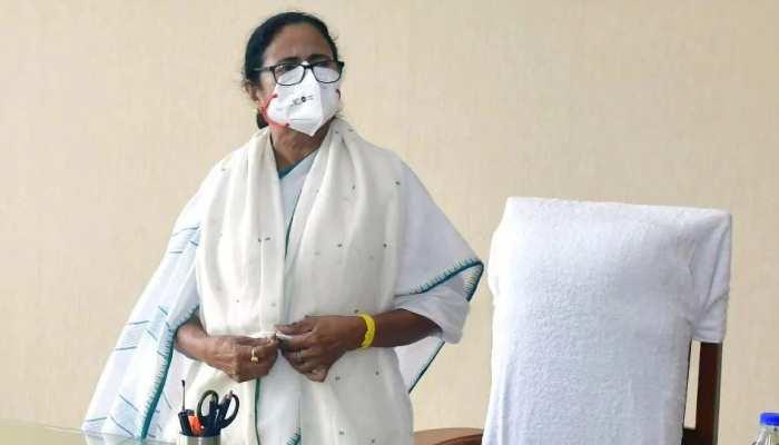 Bengal violence: हिंसा में अब तक 16 लोगों की मौत, ममता बनर्जी ने परिजनों के लिए किया मुआवज़े का ऐलान