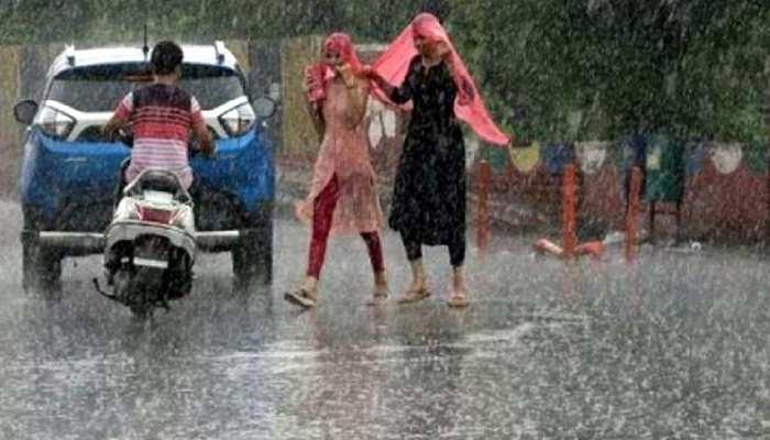 IMD Alert: मौसम ने ली करवट, दिल्ली-NCR समेत इन इलाकों में शुरू हुई बारिश