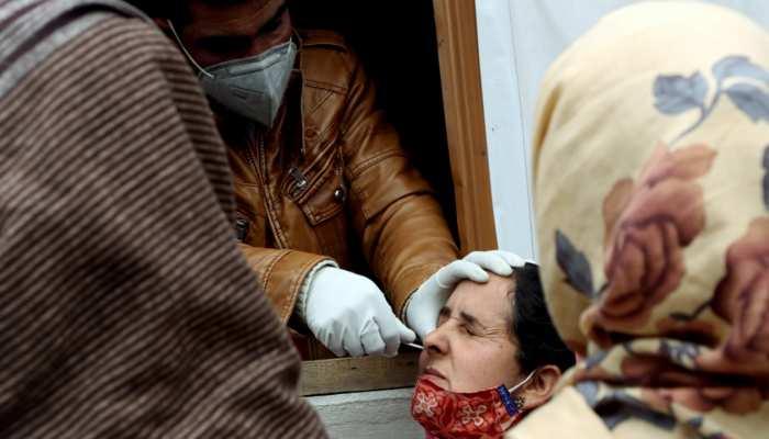 Corona को मात देने के लिए दिल्ली सरकार ने उठाया बड़ा कदम, अस्पतालों में अब 24 घंटे होंगे रैपिड एंटीजन टेस्ट