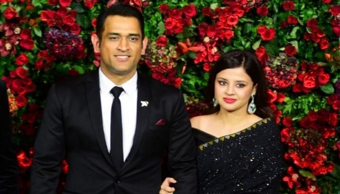 Video: MS Dhoni की वाइफ Sakshi ने दी खुशखबरी, घर में आया ये नया मेहमान