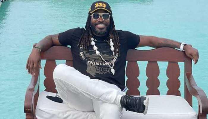 Chris Gayle पहुंचे Maldives, समंदर किनारे दिखाया Boss Attitude, फैंस को दिया खास मैसेज