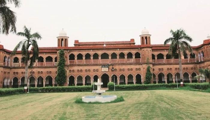 अलीगढ़ मुस्लिम यूनिवर्सिटी की फैकल्टी-स्टाफ पर बरपा कोरोना का कहर, 40 से अधिक गंवा चुके हैं जान