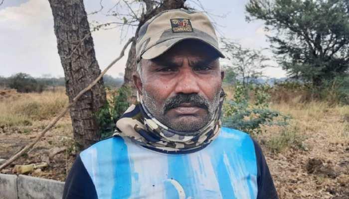 Chittorgarh News : विजय सिंह ने जन जागरूकता और पशु-पक्षियों के नाम कर दिया अपना जीवन
