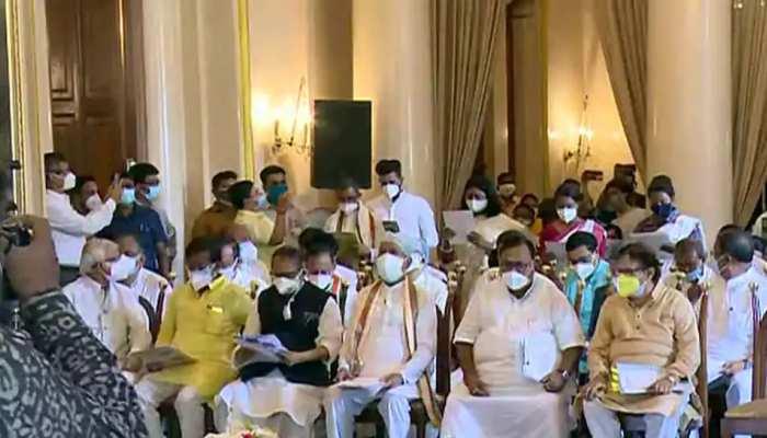 West Bengal Assembly: ମୁଖ୍ୟମନ୍ତ୍ରୀଙ୍କ ପରେ ଶପଥ ନେଲା ରାଜ୍ୟ ମନ୍ତ୍ରୀମଣ୍ଡଳ