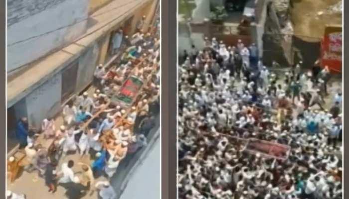 बदायूं: मुस्लिम धर्मगुरु के जनाजे में पहुंचे 20 हजार लोग, पुलिस भी नजर आई बेबस