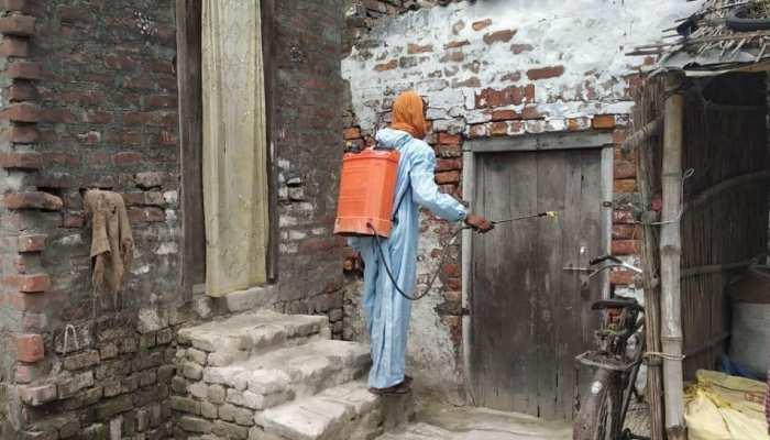 कोरोना ने बढ़ाई ग्रामीणों की चिंता, कोविड टेस्ट और वैक्सीनेशन का हो रहा इंतजार