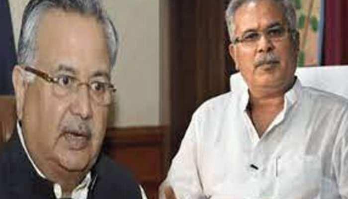 विपक्ष के निशाने पर फिर CM बघेल, रमन सिंह ने बताया बिलो-द-बेल्ट राजनीति करने वाली सरकार