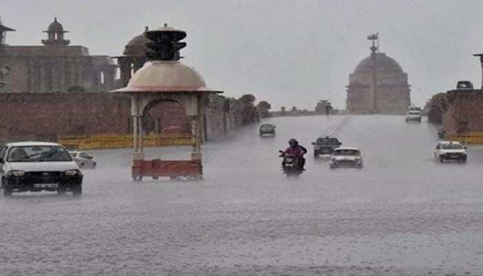 Weather Update: देश के कई राज्यों में भारी बारिश, दिल्ली में टूटा 70 सालों का रिकॉर्ड